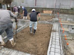 基礎、土間工事中